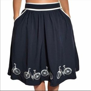 Comme Toi Bicycle Skirt